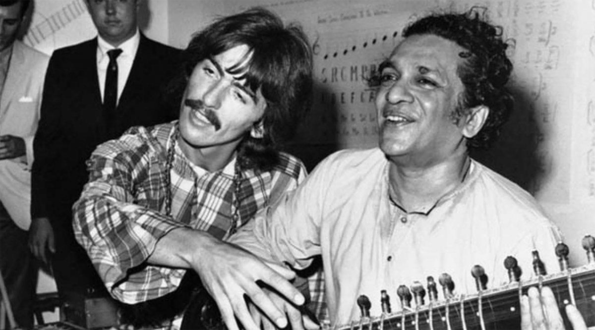 George Harrison y Ravi Shankar