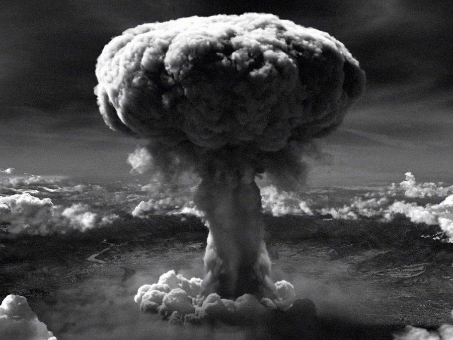El hongo sobre Hiroshima tras la explosión nuclear.