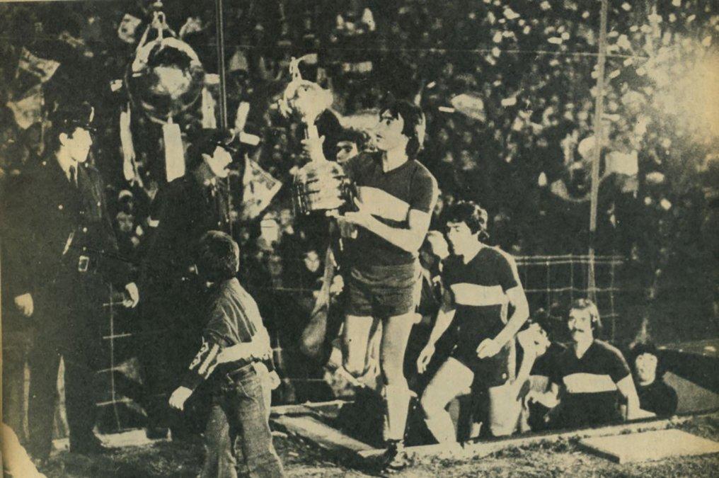 Boca Juniors - Campeón Copa Libertadores 1977 - Festejo en la Boca
