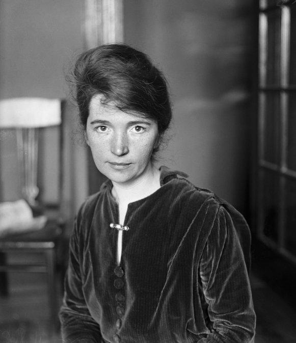 Quién fue Margaret Sanger, la admirada heroína estadounidense cuyo nombre ya no se quiere mencionar
