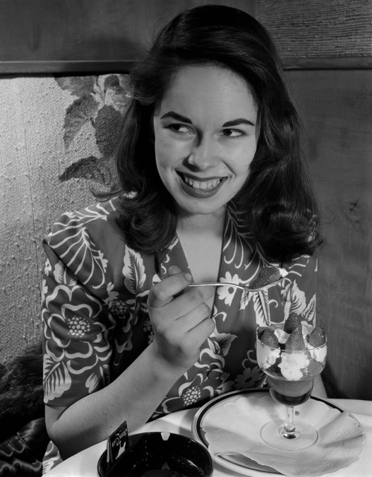 Oona ONeill, la hija de un premio Nobel que enloqueció a Salinger y se casó con Chaplin