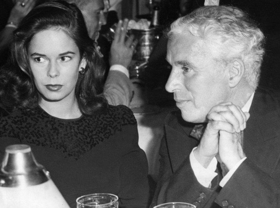 Oona ONeill y Chaplin en el Mocambo en Hollywood en 1943.