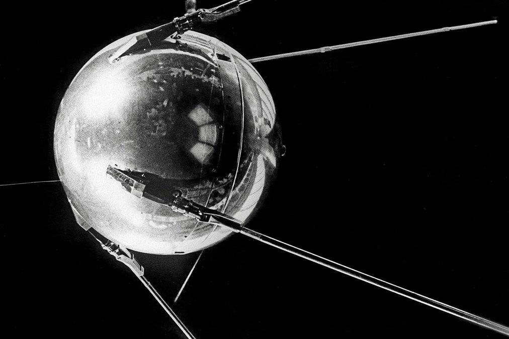 A 64 años del Sputnik: EL «BIP... BIP... BIP...» QUE CONMOCIONÓ AL MUNDO